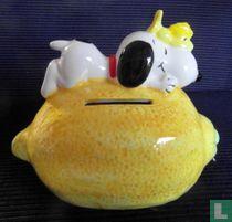 Snoopy on Lemon (Fruit Series)