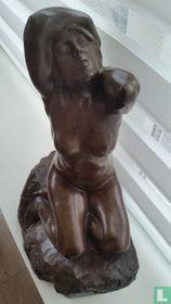 Bronze statue cire perdue