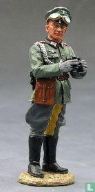 Wehrmacht Officer w/Binos