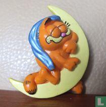 Garfield op de maan met slaapmuts