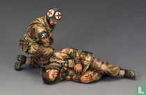 Medic and Wounded Para