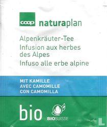 Alpenkräuter-Tee mit Kamille