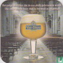 Het enige abdijbier dat in een abdij gebrouwen wordt / La seule bière d'Abbaye brassée dans une Abbaye