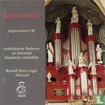 Improviseert    Vaderlandse liederen en bekende klassieke melodieën