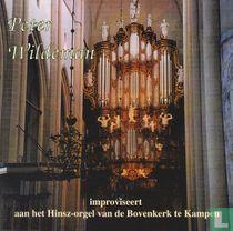 Improviseert aan het Hinsz-orgel van de Bovenkerk te Kampen