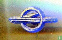 Opel (grijs op blauw)