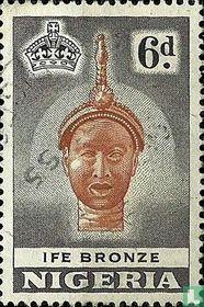 Bronze statue Ife king