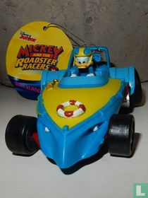 Donald Racer in auto