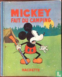 Mickey fait du camping