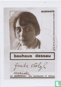 'Gunta Stölzl: 100 jaar Bauhausstoffen