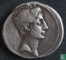 "Romeinse Republiek, Denarius, ""The Triumvirs"""