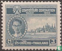 Koning Bhumibol en paleis