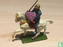Ridder te paard met zwaard in de lucht en schild