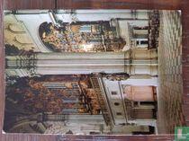 Cathedral - Vista interior con organos