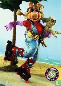 Pig Digs Skate Gig!
