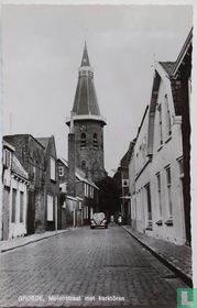 Molenstraat met kerktoren