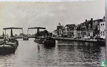 Terneuzen , Kanaal met Herengracht