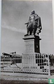 Vlissingen , Standbeeld Michiel de Ruyter